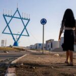 Despite calm, Israeli town copes with scars of rocket fire
